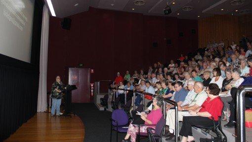 Thomas MacEntee speaking to the crowd at Perth